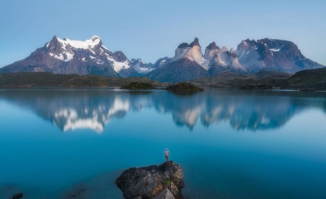 2 days fishing + 1 day Torres del Paine. With Lodging